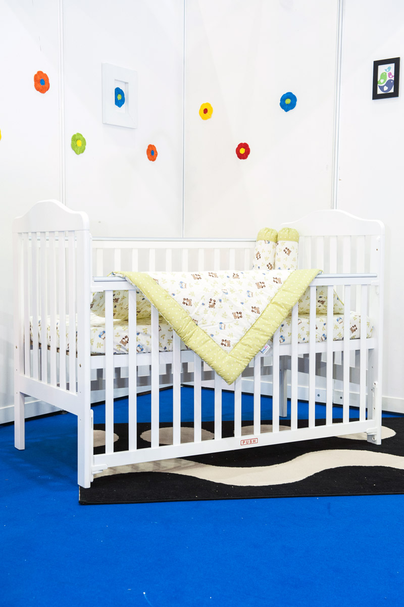 baby cot 893A